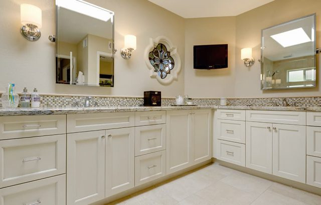 bathroom-cabinets8
