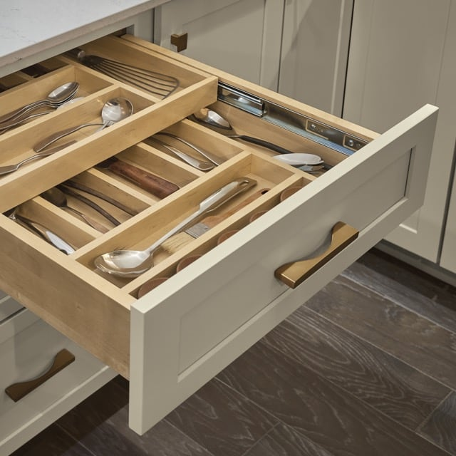 design-trends-2019-cabinets-organization2